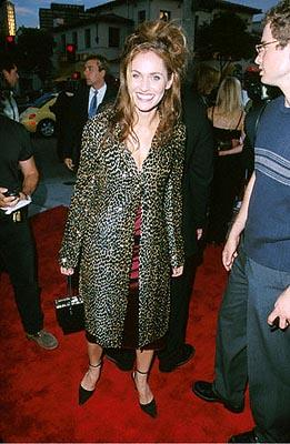 Premiere: Amy Brenneman at the Mann Village Theater premiere of Columbia's Hollow Man - 8/2/2000