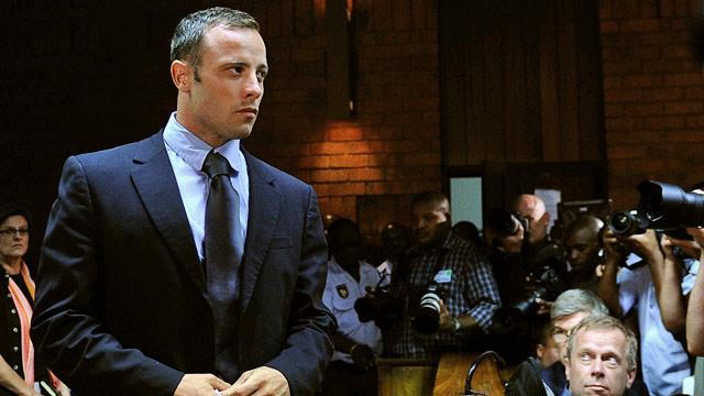 Pistorius Asks Court to Restore Travel Rights