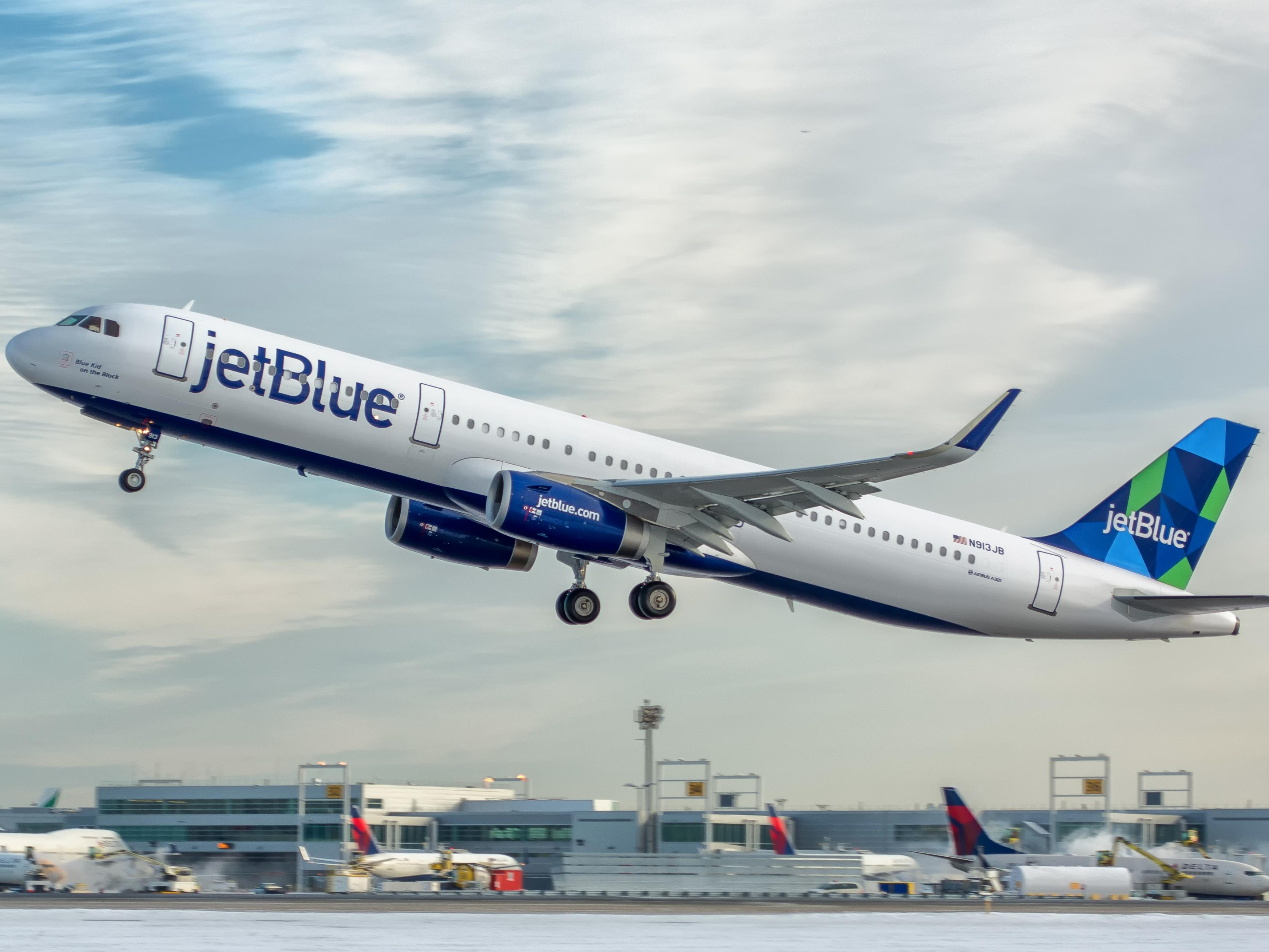 JetBlue wants to invest in startups