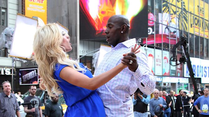 """""""Dancing With The Stars"""" Finalists Perform On ABC's """"Good Morning America"""""""