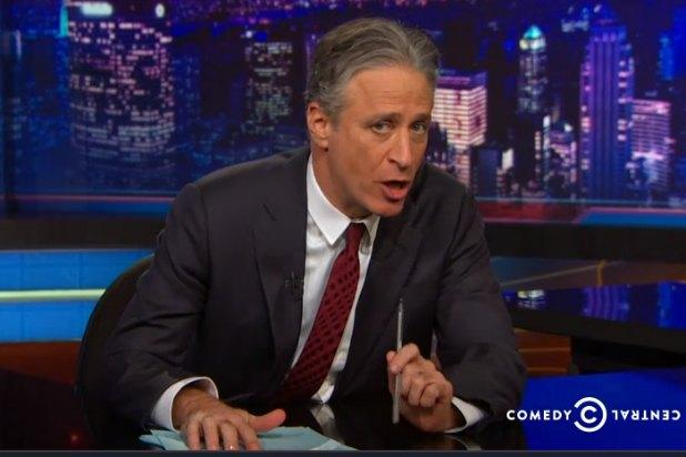 Jon Stewart Likens Congress to Bill Cosby: They Both Slip Toxic Things in While No One Is Looking (Video)