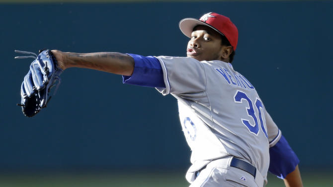 Ventura shuts down Indians in 7-1 win