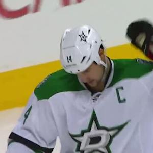 Jamie Benn sweeps home the rebound