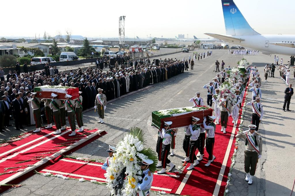 Iran honours dead as more hajj victims return home