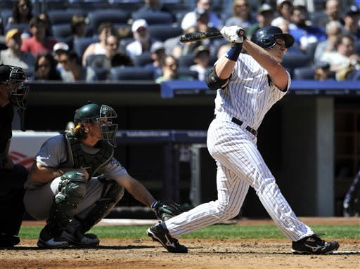 Hughes shuts down A's as Yankees beat Colon 4-2