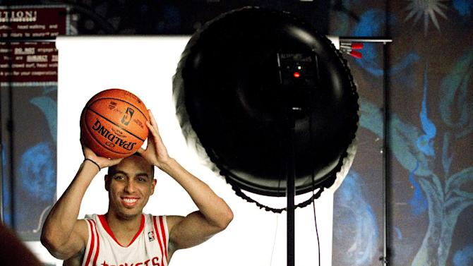 Houston Rockets guard Kevin Martin poses for a portrait during their NBA basketball media day, Monday, Oct. 1, 2012, in Houston. (AP Photo/Houston Chronicle, Brett Coomer)  MANDATORY CREDIT