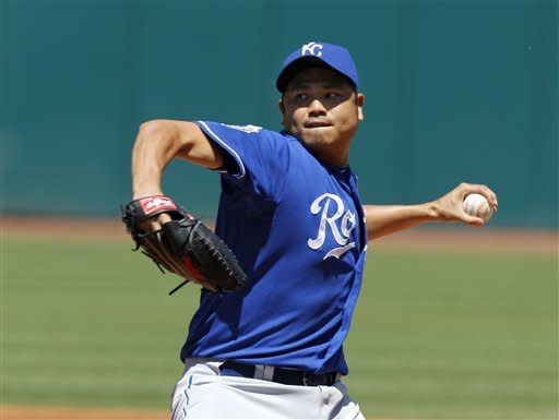 Chen, timely hitting lead Royals past Indians, 6-3