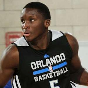 Play of the Day - Victor Oladipo