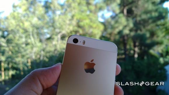 Why the gold iPhone 5s is a hit