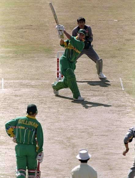 GARY KIRSTEN DURING 188