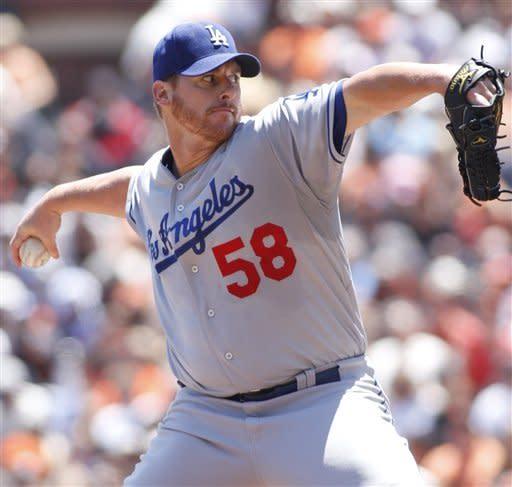 Kemp, Billingsley lead Dodgers past Giants, 10-0