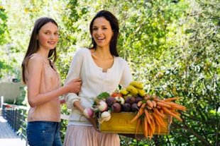 Order a fruit and vegetable box and get nutritious, healthy produce straight to your door