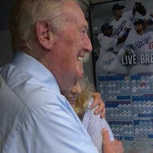 Vin Scully To Return
