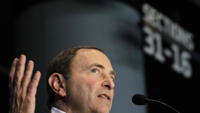 National Hockey League Commissioner Gary Bettman speaks during a press conference, Wednesday, Oct. 24, 2012 in New York, announcing that the Islanders hockey club will move from Nassau Veterans Memorial Coliseum in Uniondale, N.Y., and play at Brooklyn's Barclays Center starting in 2015. (AP Photo/Kathy Willens)