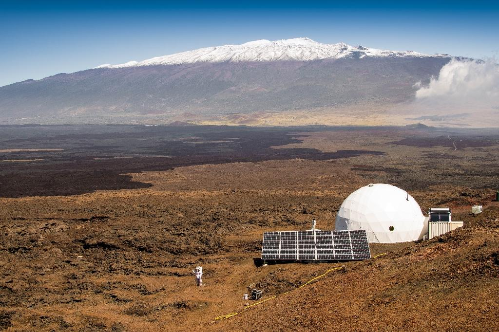 One year and counting: Mars isolation experiment begins