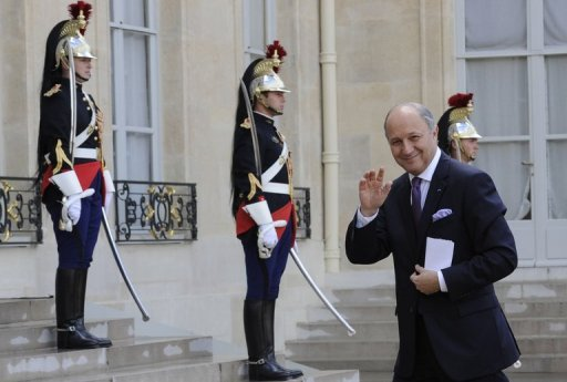 &lt;p&gt;French Foreign Minister Laurent Fabius waves to photographers as he arrives at the Elysee Palace in Paris. Fabius was due in Algiers on Sunday on his first official trip to an Arab country, with the political crisis in neighbouring Mali featuring high on the agenda&lt;/p&gt;