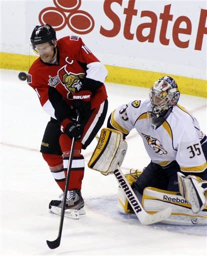 Phillips scores rare pair, Sens beat Predators 4-3