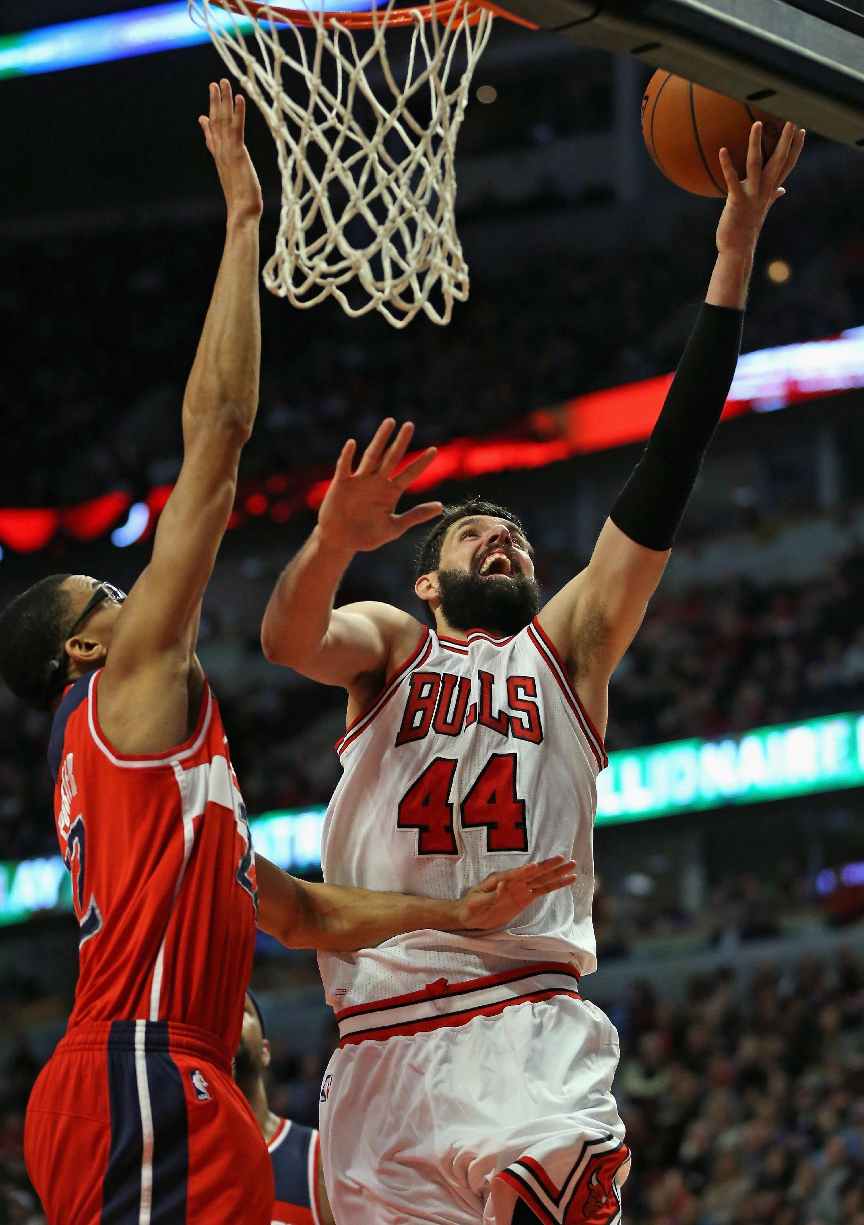 No Rose, no Butler, short-handed Bulls beat Wizards 97-92