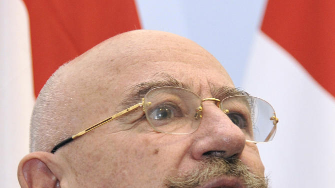 Hungarian Foreign Janos Martonyi, left, talks during a press statement after their meeting with Austria's Foreign Minister Michael Spindelegger, in Vienna, Austria, on Wednesday, Dec. 5, 2012. (AP Photo/Hans Punz)