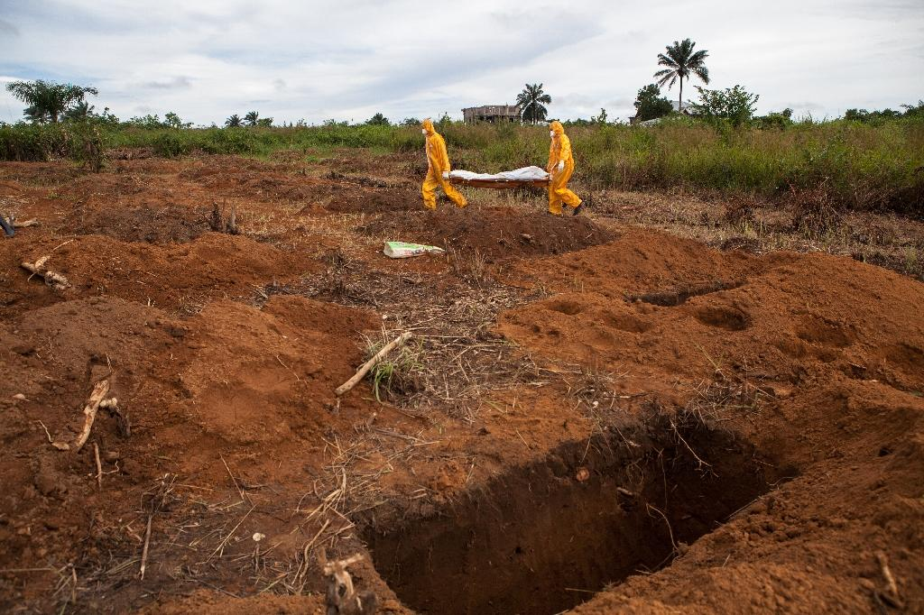 Lawmaker held over unsafe burial in Ebola-hit Sierra Leone