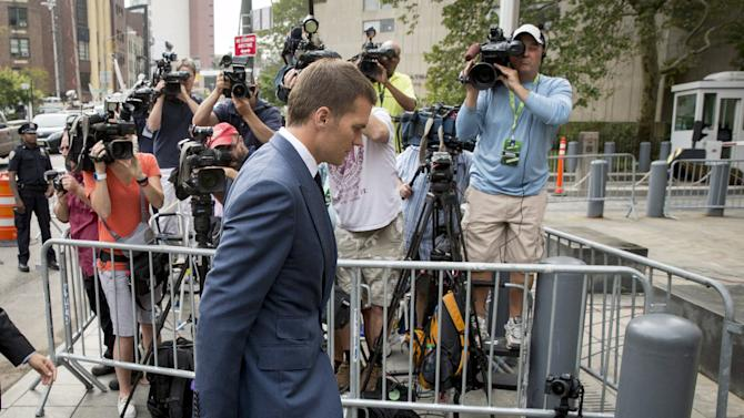 New England Patriots' quarterback Tom Brady arrives at the Manhattan Federal Courthouse in New York