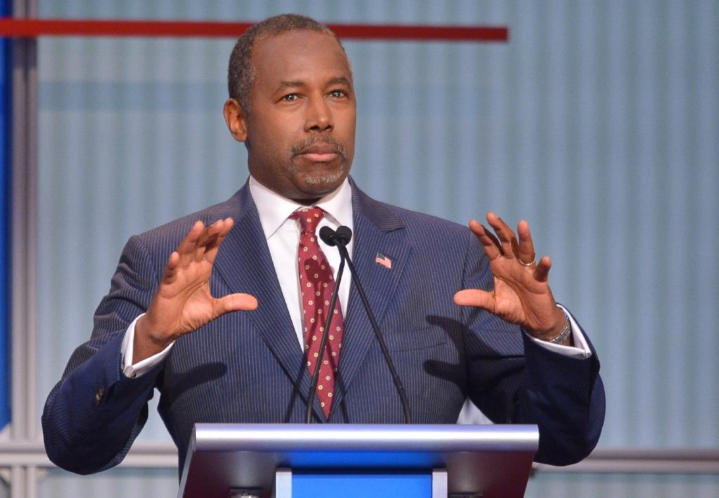 Soft-spoken Carson catches front-running Trump in Iowa: poll