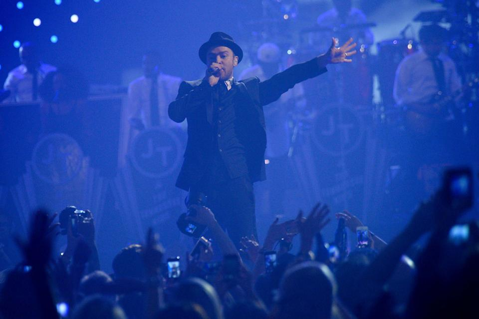 Justin Timberlake performs at IHeartRadio Music Festival, day 2, Saturday, Sept. 21, 2013 in Las Vegas, NV. (Photo by Al Powers/Powers Imagery/Invision /AP)