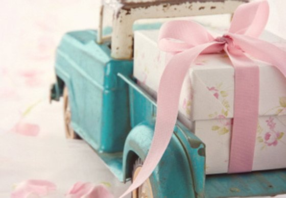 Wedding Gift Sister How Much : How Much Should You Spend on a Wedding Gift?Yahoo Finance