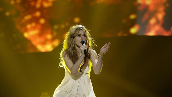"""Emmelie de Forest of Denmark performs her song """"Only Teardrops"""" during a rehearsal for the final of the Eurovision Song Contest at the Malmo Arena in Malmo, Sweden, Friday, May 17, 2013. The contest is run by European television broadcasters with the event being held in Sweden as they won the competition in 2012, the final will be held in Malmo on May 18. (AP Photo/Alastair Grant)"""