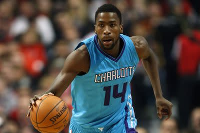 Michael Kidd-Gilchrist will have surgery on dislocated shoulder, out 6 months