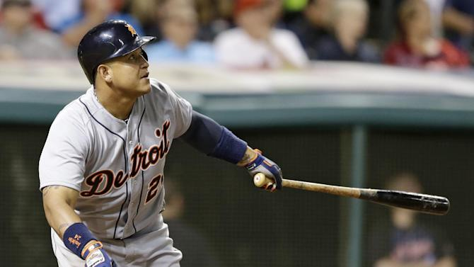 Cabrera's double in 10th gives Tigers 5-4 win