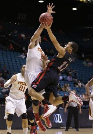 Utah beats USC 69-66 at Pac-12 tourney