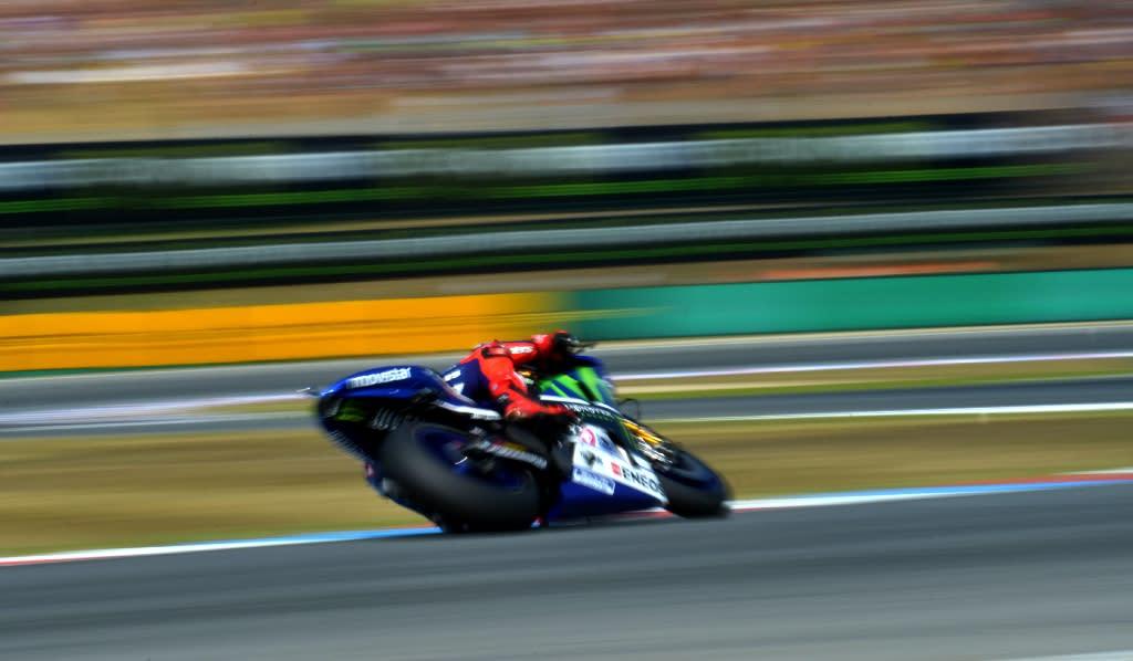Lorenzo tops British MotoGP times