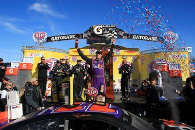Denny Hamlin wins the 2015 STP 500 at Martinsville Speedway
