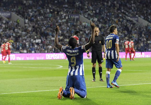 FC Porto's Jackson Martinez, from Colombia, celebrates after scoring his team's second goal against Gil Vicente in a Portuguese League soccer match at the Dragao stadium in Porto, Portugal, Saturday,