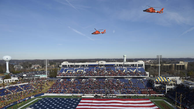 Virginia Tech beats Cincy 33-17 in Military Bowl