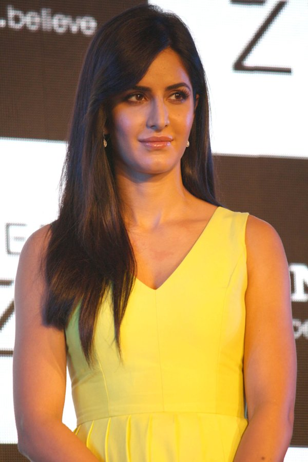 Katrina Kaif performs at 58th Idea Filmfare Awards 2013 | Bollywood
