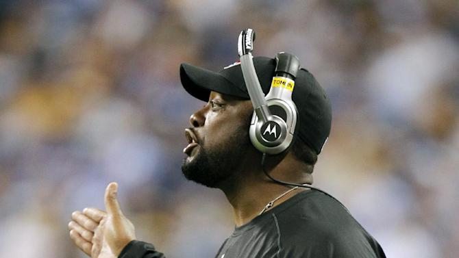 Pittsburgh Steelers head coach Mike Tomlin reacts during the second quarter of an NFL football game against the Indianapolis Colts in Indianapolis, Sunday, Sept. 25, 2011. (AP Photo/Michael Conroy)