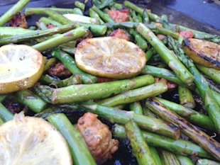 Grilled asparagus with chorizo and lime