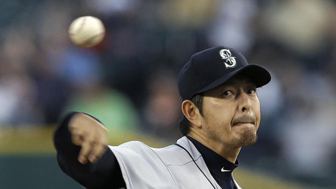 Iwakuma shuts down Tigers to help Mariners win 8-0