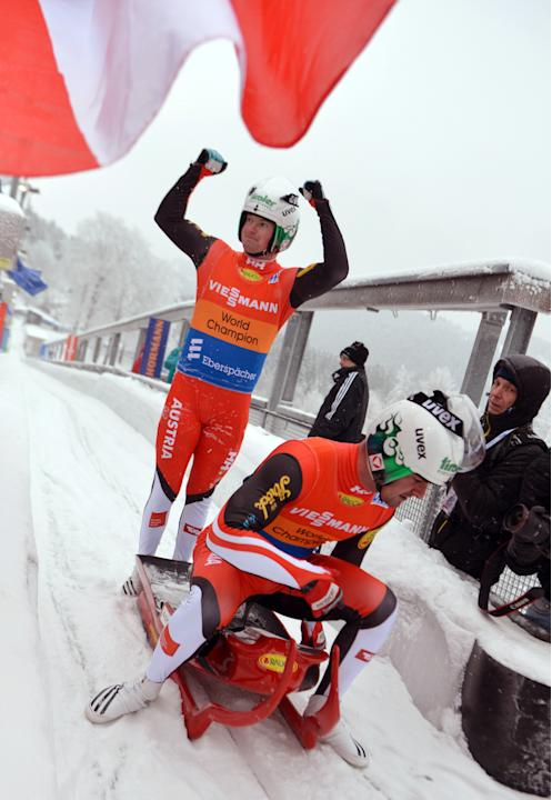 LUGE-WC-MEN