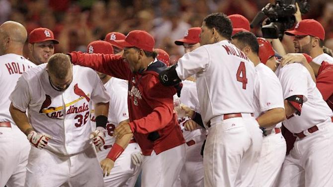 Adams' homer gives Cardinals 2-0 win over Pirates