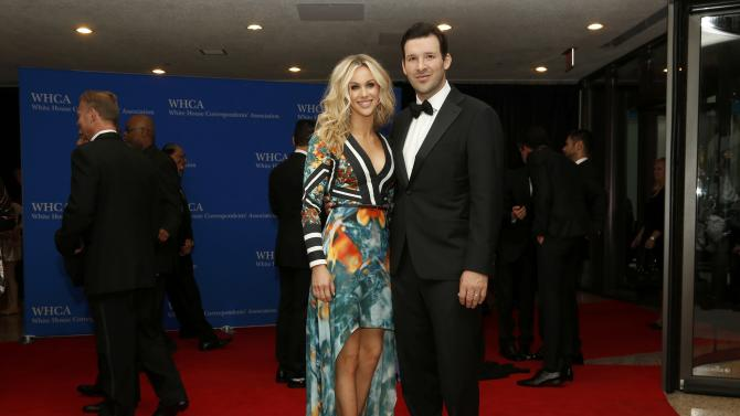 Dallas Cowboys quarterback Tony and wife Candice arrive for the annual White House Correspondents' Association dinner in Washington