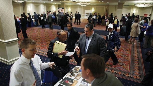 Weekly Jobless Claims Fall, but So Does G.D.P.
