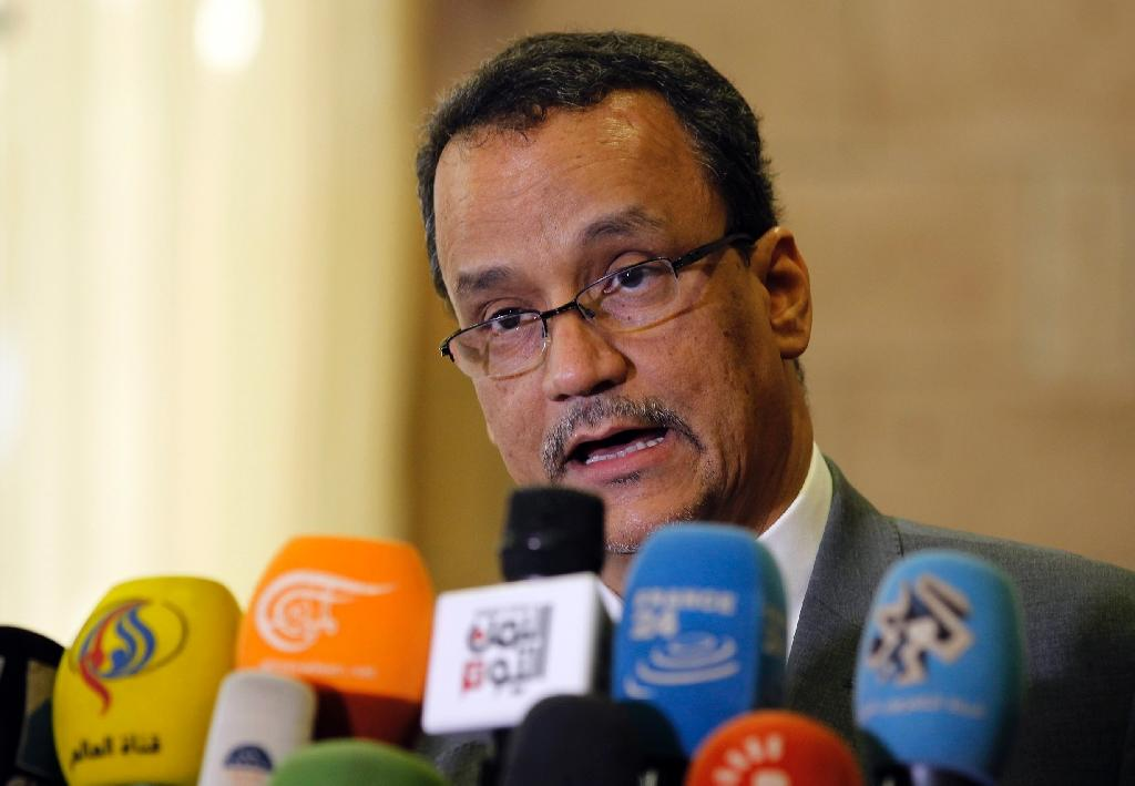 UN envoy meets with Yemen president as war toll hits 10,000