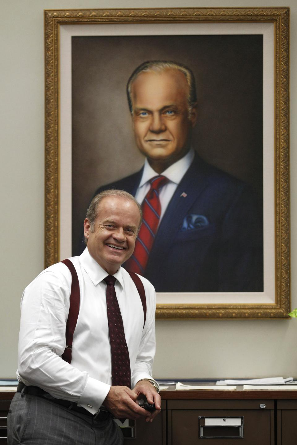 "In this photo taken July 27, 2011, actor Kelsey Grammer poses for a photo while filming ""Boss"" in Chicago. Grammer plays Tom Kane, the powerful mayor of Chicago who is more than willing throw his political weight around. The new dramatic series debuts Friday night Oct. 21.(AP Photo/M. Spencer Green)"