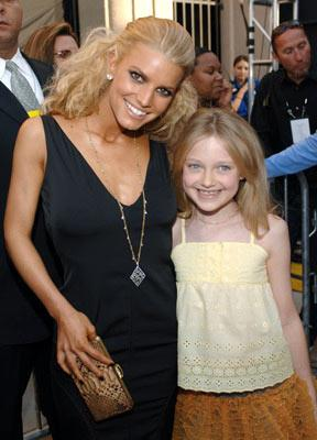 Jessica Simpson and Dakota Fanning MTV Movie Awards 2005 - Arrivals Los Angeles, CA - 6/4/05