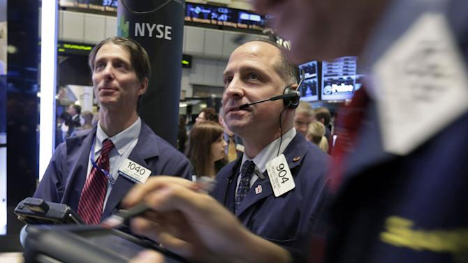 Wall Street gains as earnings flow in; Boeing up