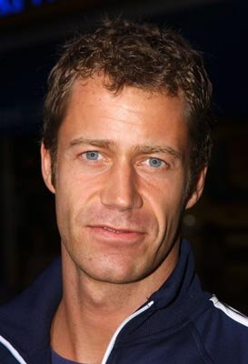 Premiere: Colin Ferguson at the LA premiere of Universal's The Rundown - 9/22/2003 