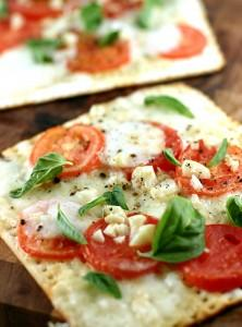Thin-Crust Pizza Snack Squares